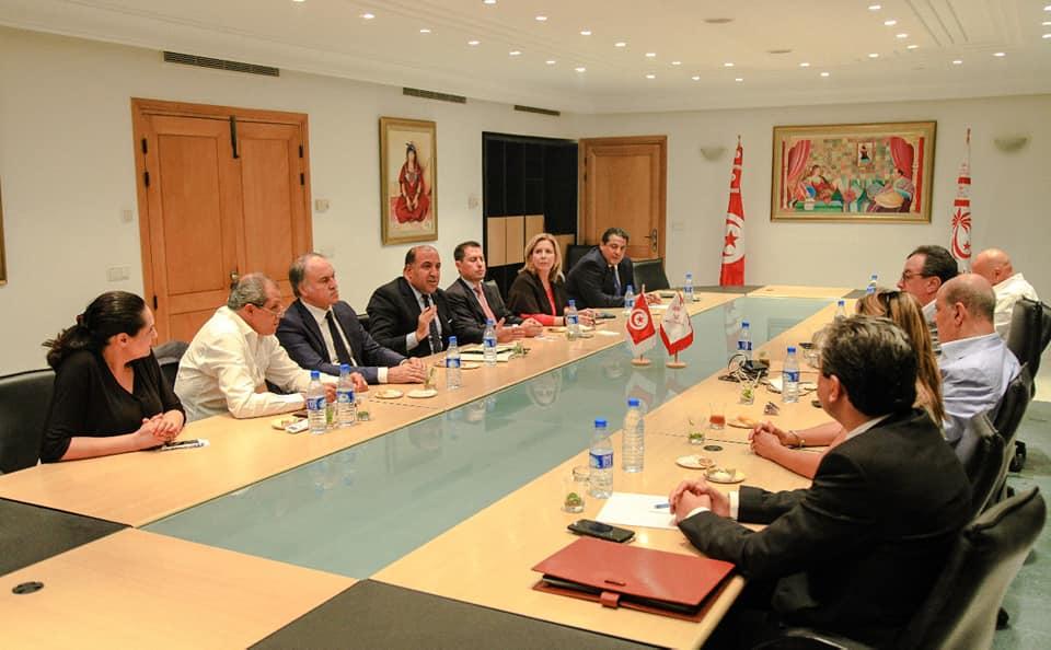 """نداء تونس: اجتماع """"حاسم"""" اليوم للهيئة السياسية"""