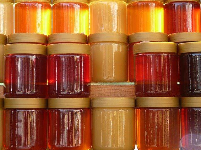 أريانة: حجز 2441 علبة عسل مغشوش بـ 3 فضاءات تجارية كبرى