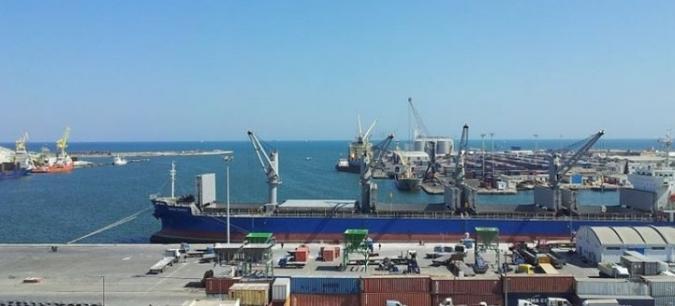 رسوّ باخرة إسرائيلية: مديرميناء صفاقس يُكذّب اتّحاد الشغل