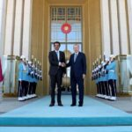 "أمير قطر يُهدي أردوغان ""قصرا طائرا'' (صور)"