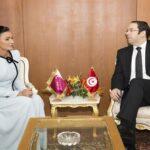 بدعوة من يوسف الشاهد: الشيخة موزا في تونس