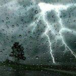 طقس اليوم: أمطار رعدية وتساقط البرد