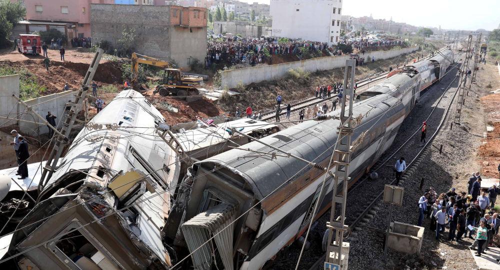 اثر انقلاب قطار بالمغرب: دعوات لمساءلة وزيرين ومسؤول