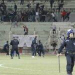 أحداث عنف خطيرة خلال مباراة كرة قدم في الجزائر!