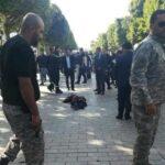 وزير الدّاخلية يغادر البرلمان نحو شارع الحبيب بورقيبة