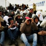 """بسبب """"الحرّاقة"""": أوروبا تساوم 17 دولة منها تونس"""