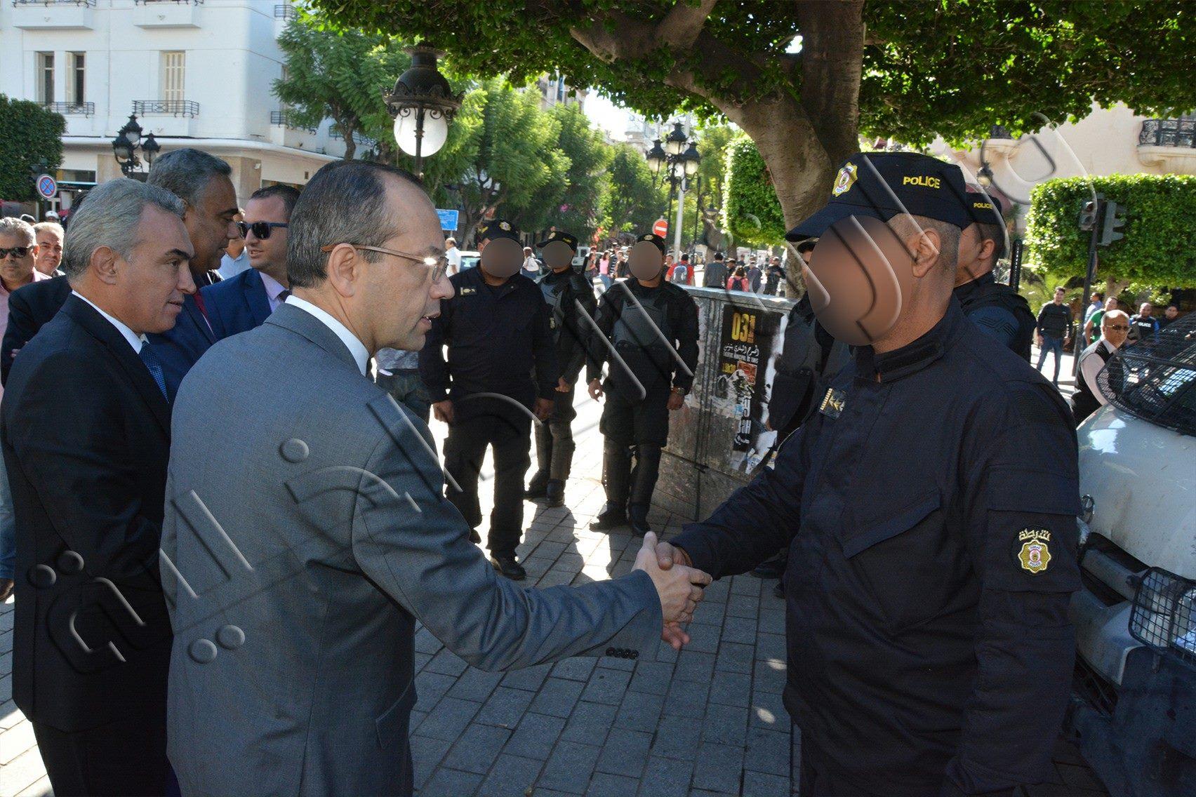 وزير الداخلية يدعو الامنيين إلى الرفع من درجة التأهب