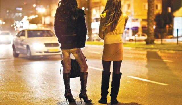 عائداتها فاقت 4 مليارات دولار: 300 ألف شخص يعملون في تجارة الجنس بتركيا