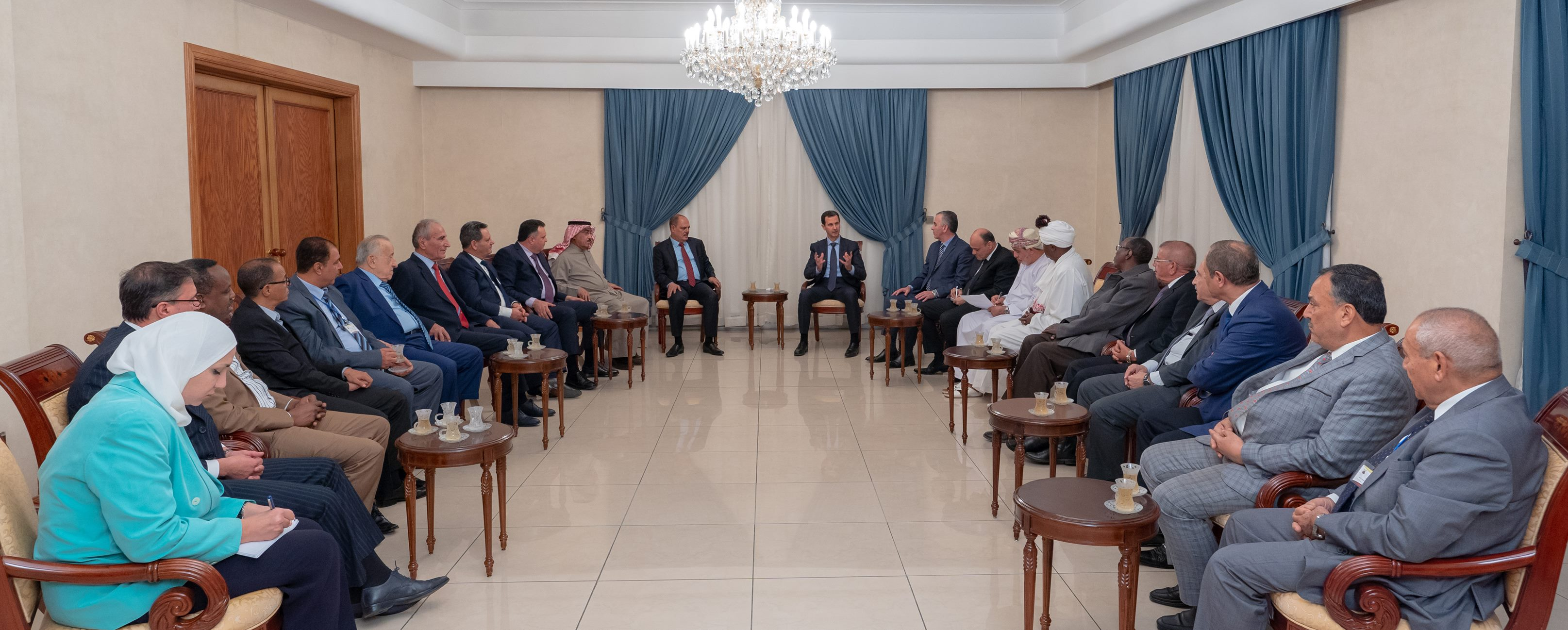 بينهم ناجي البغوري: بشّار الأسد يستقبل وفدا عن اتّحاد الصحفيين العرب