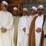الجزائر: الأيمة يلوّحون بالنزول إلى الشارع