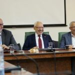 في اجتماعها براشد الغنوشي : هل اقترحت كتلة النهضة أسماء للتحوير الوزاري؟