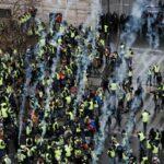 احتجاجات فرنسا: ارتفاع عدد الموقوفين إلى 700
