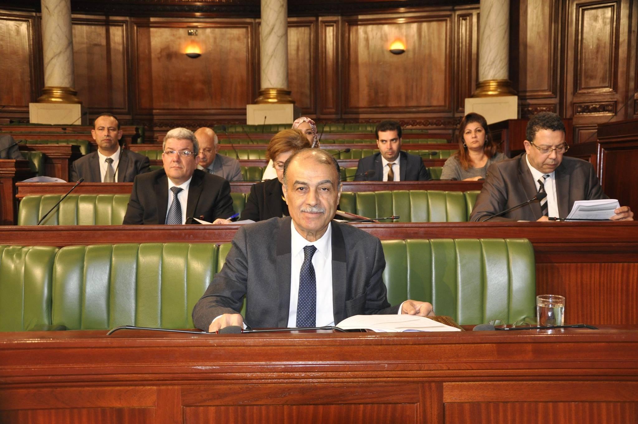 وزير الصحة: 320 طبيب اختصاص غادروا تونس سنة 2018
