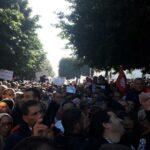 في مسيرة الغضب: الأساتذة يتّهمون الحكومة بالسرقة