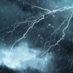 طقس اليوم: أمطار رعدية وانخفاض في درجات الحرارة