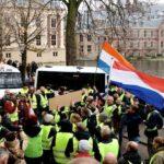 """احتجاجات """"السترات الصفراء"""" تمتدّ إلى هولندا"""