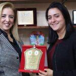 وزيرة الرياضة تُكرّم أنس جابر