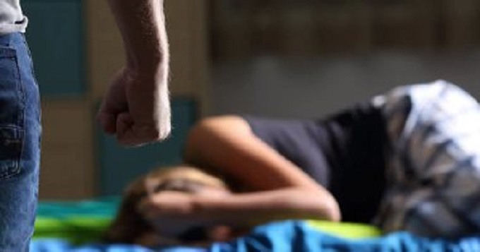 رئيسة اتّحاد المرأة: نتلقّى يوميا 5 إبلاغات عن حالات اغتصاب