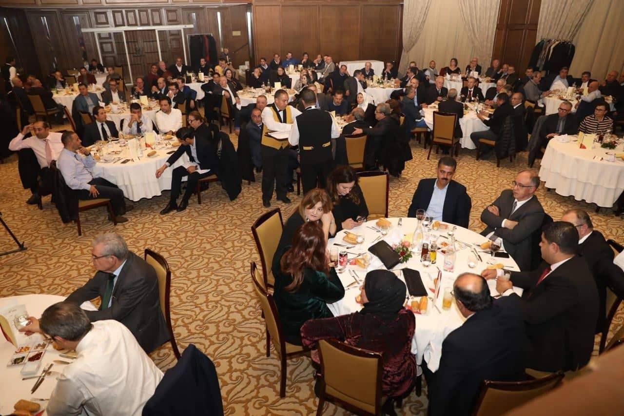 الصندوق الاسود : أكثر من 100 رجل أعمال من صفاقس في اجتماع لمجموعة الشاهد