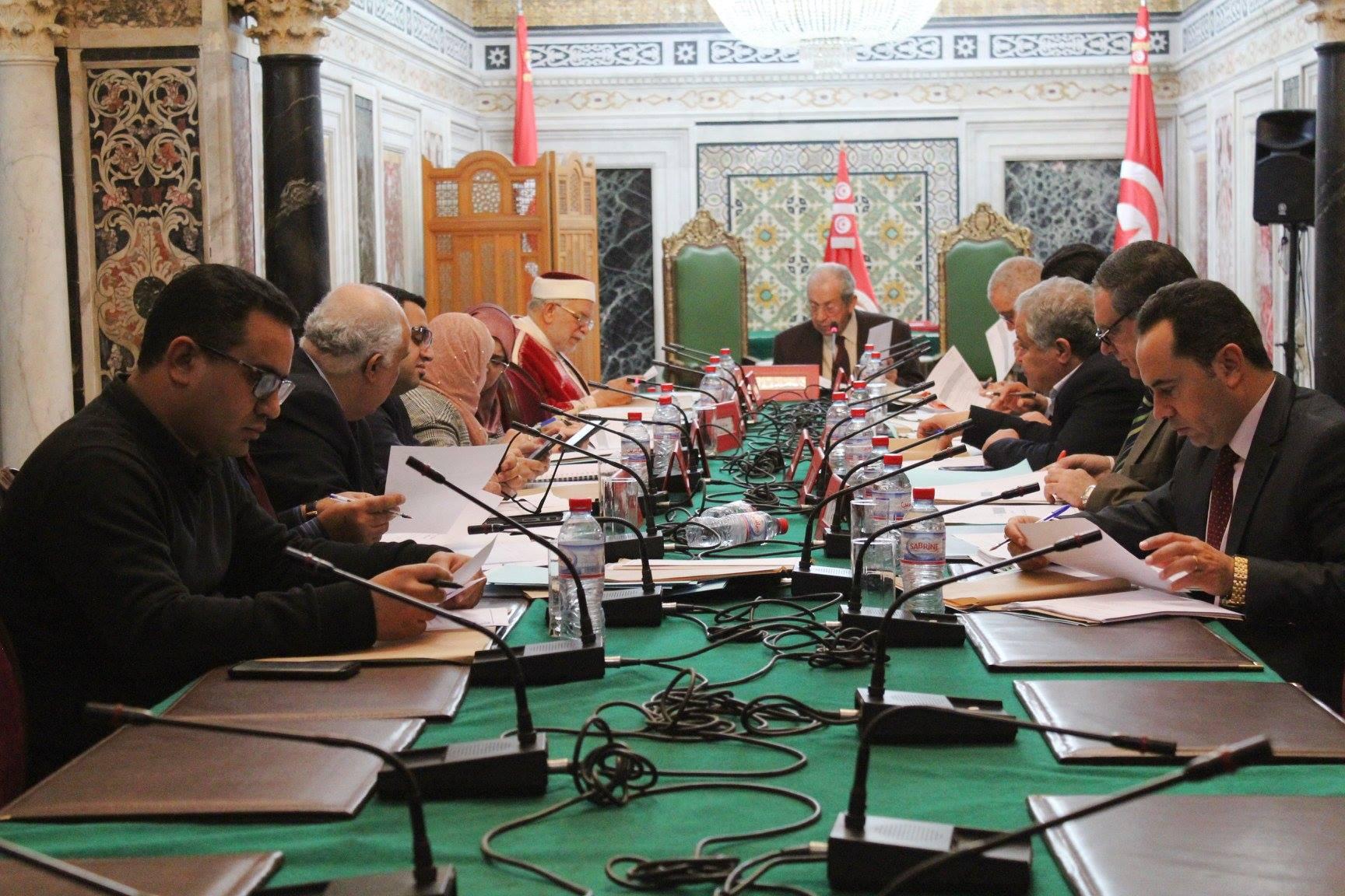 مكتب مجلس نواب الشعب يُنوه بنهاية أزمة هيئة الانتخابات
