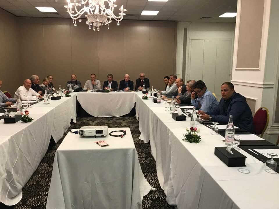 نداء تونس: المكتب التنفيذي يُطالب بتشكيل لجنة لتسيير الحزب ويدعو الباجي لتعيين رئيس لها
