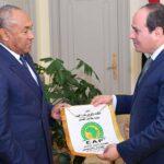 السيسي يستقبل رئيس الاتحاد الافريقي لكرة القدم