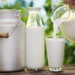 اتّحاد الفلاّحين يقترح زيادة بـ340 مليما في سعر الحليب المُوجّه للمقاهي والمطاعم