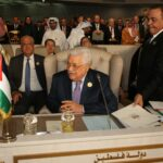 قمّة تونس/ محمود عبّاس: إسرائيل ستُهدي حركة حماس دولة شكلية تلعب بها