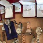 بالضاحية الشمالية للعاصمة: الدّيوانة تحجز مجوهرات ثمينة وساعات فاخرة مُهرّبة