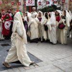 رئاسة الحكومة تحثّ الموظّفين العموميين على ارتداء اللّباس التقليدي