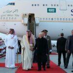 رئيس الجمهورية يستقبل ملك السعودية في المطار (صور)