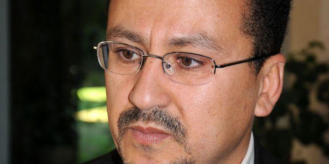 الصندوق الأسود : شكوى ضدّ بن حميدان و30 محاميا يتطوعون للدفاع عن بورقيبة