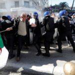 اجتجاجات الجزائر: إيقاف 195 شخصا وإصابة 112 أمنيا