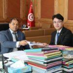 الصين تُسلم تونس الدراسة الأولية لمشروع خط حديدي بالجنوب