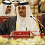 نُشر خطابه قبل ساعات من قدومه: على وقع هذه الكلمات ..غادر أمير قطر القمة  (فيديو)