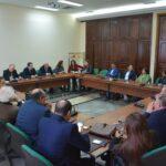 يوما قبل مساءلة الحكومة : العزابي يجتمع بكتلة الائتلاف الوطني