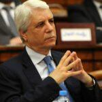 صحيفة جزائرية: إيقاف وزير العدل السابق أثناء محاولته التسلّل إلى المغرب