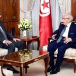 في لقاء بوزير الدفاع: رئيس الجمهورية يطلع على جاهزية الجيش والوضع بليبيا