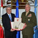 جلسة عمل بين الزبيدي وآمر القيادة العسكرية الأمريكية لافريقيا