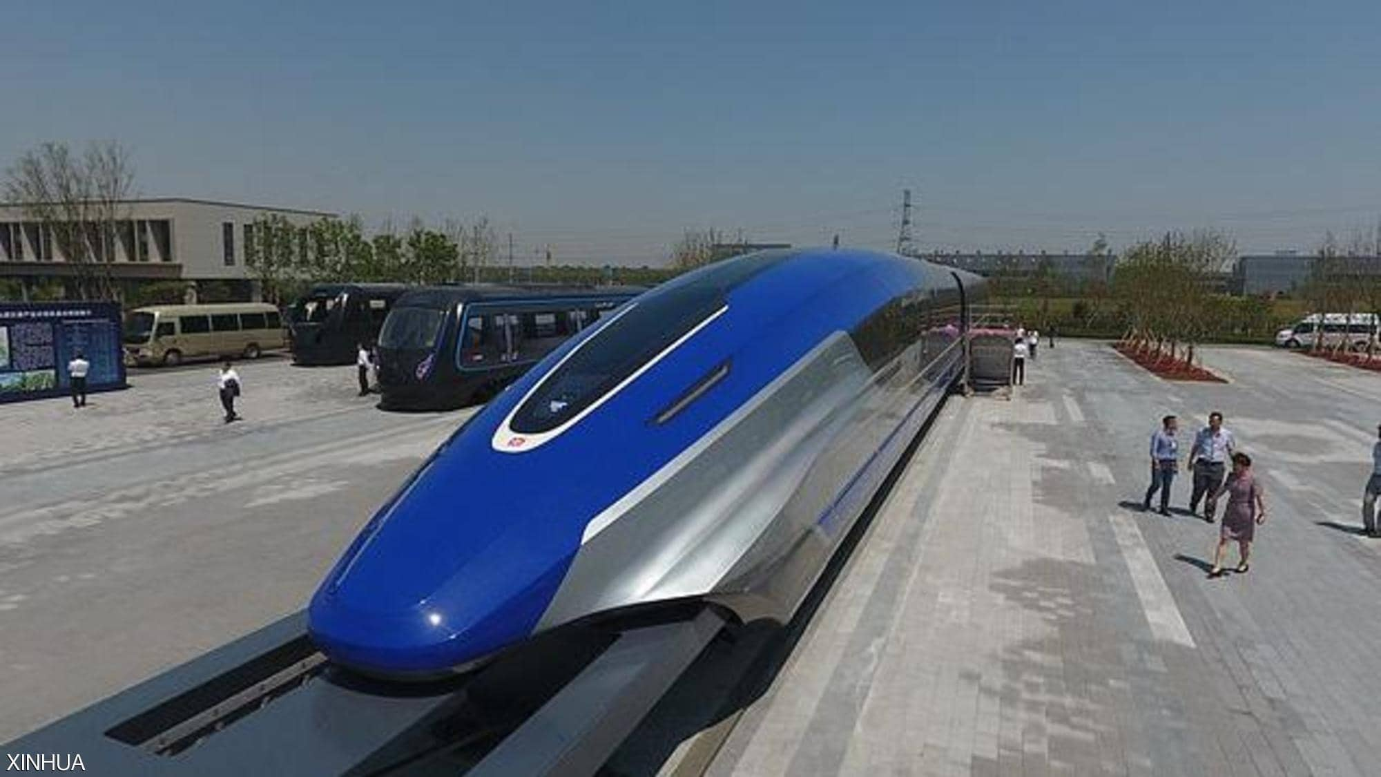 صور: الصين تُطلق قطارا بسرعة 600 كلم/س