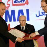 رئيس الجمهورية يُكرّم الفائزين بجائزة العامل المثالي