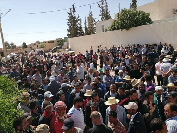 تطاوين : أعوان شركة البستنة في إضراب