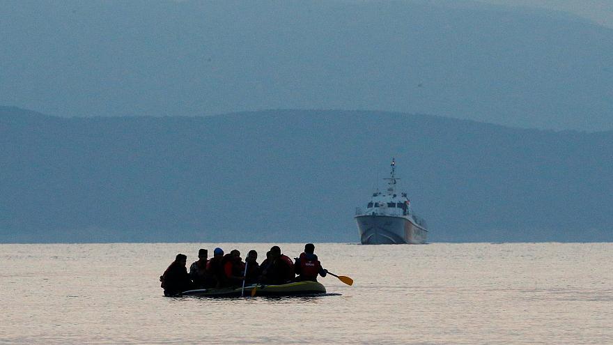 الهلال الأحمر: تونس ترفض استقبال مهاجرين عالقين قبالة سواحل جرجيس