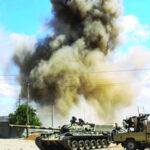 عيد الفطر في ليبيا : غارات عنيفة بطرابلس والحشد لانهاء المعركة