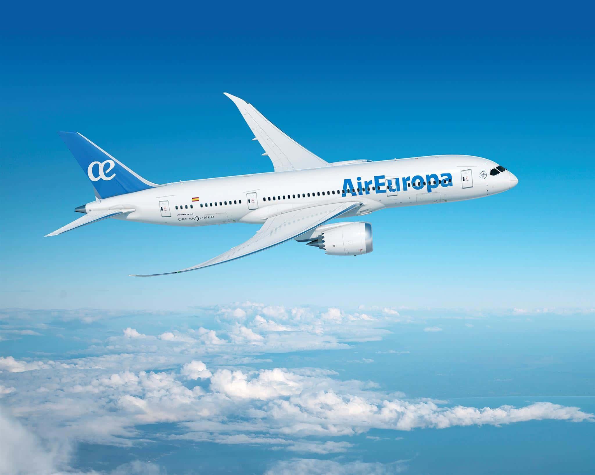 """شهر بعد رفع إسبانيا حظر السفر على تونس : """"Air Europa"""" تعود بـ 4 رحلات أسبوعيا"""