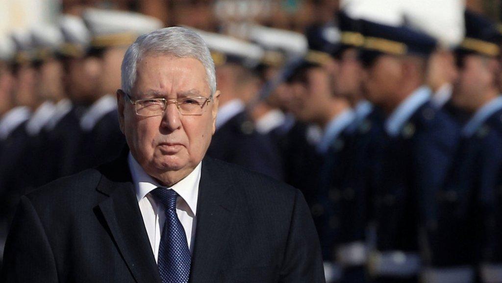 الجزائر: جمعية علماء المسلمين تُطالب بتنحية رئيس الجمهورية المؤقت