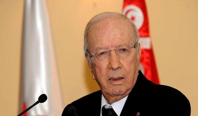 نقل رئيس الجمهورية إلى المستشفى العسكري