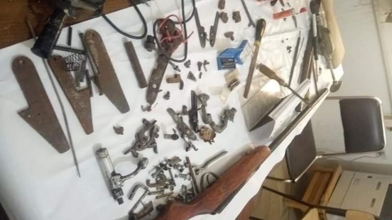 حفوز: كشف ورشة لصنع وإصلاح بنادق صيد