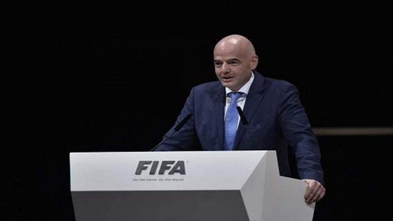 رئيس الفيفا حاضر في مباراة تونس ونيجيريا