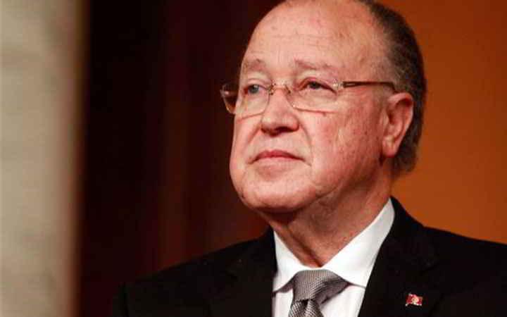 L'AGORA : سي مصطفى يحبّ يولّي رئيس… إي نعم !